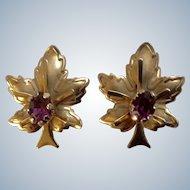 Leaf Screw Back Earrings Vintage Beautiful Gold Tone with Purple Rhinestone Center Unmarked