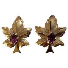 Leaf Screw Back Earrings Vintage Beautiful Gold Tone with Purple Rhinestone Center Unmarked