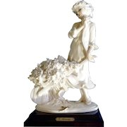 Giuseppe Armani Figurine Young Girl with Flower Cart 486-F Retired 1988-2002