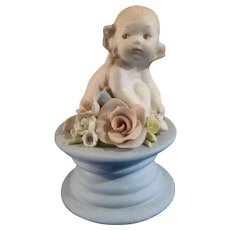 Susi Singer Walker-Renaker California Studio Art Pottery Child Sitting Figurine