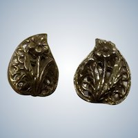 Vintage Clip Earrings Brass Colored Flowers