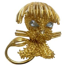 Vintage Jeanne Animal Dog Blue Rhinestone Eyes Gold Tone Brooch Pin