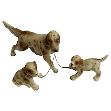 Vintage Chain Leash Dogs English Setter Pointer Figurines Mother and Puppies Family