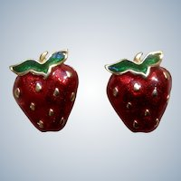 Cute Vintage Strawberry Pierced Costume Jewelry Earrings