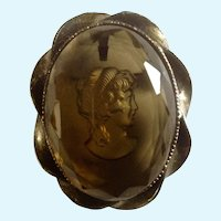 Glass Cameo Woman Brooch Gold Tone Costume Jewelry Pin / Pendant Vintage