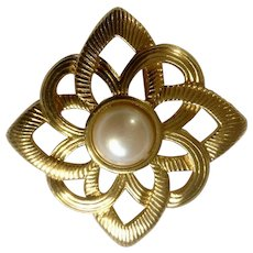 Vintage Gold Tone Metal and Faux Pearl Brooch Pin Costume Jewelry