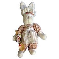 """Hallmark Retired Bunnies By The Bay Bunny Cakes 2002 Stuffed Plush Animal With Original Stand 13"""""""