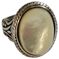 Pretty Mother of Pearl Silver-Tone Ring Size 7-1/2