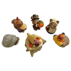 Hallmark Merry Miniatures Thanksgiving Group of Figurines Plymouth Rock, Pilgrim Mice, Table, Turkey, and Squirrel Indian 1993-1995