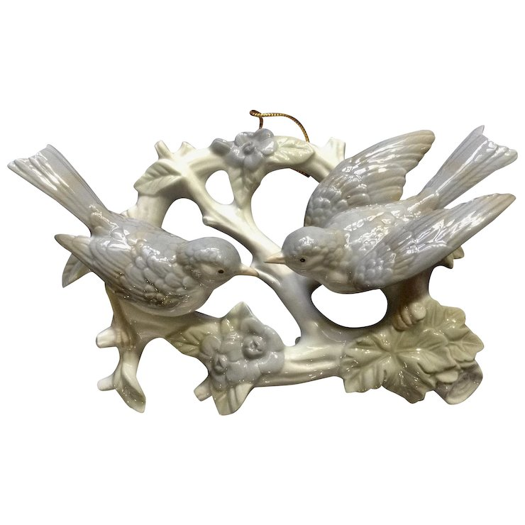 Vintage Crowning Touch Love Birds Wreath Tree Branch 3D Ceramic Wall ...
