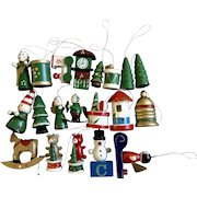 20 Vintage Wooden Trees Angels Snowman Bears Hand Painted Christmas Tree Ornaments Group