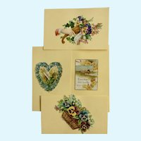 Victorian 1875-1880 Gorgeous Floral Heart Die-Cut Embossed Paper Scrap