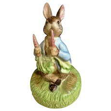 1977 Schmid Beatrix Potter Peter Rabbit Eating Carrots Music Box F. Warne Co. Plays, It's a Small World