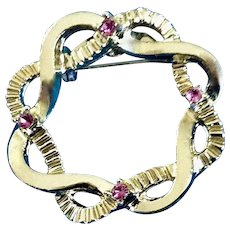 Gold Tone Wreath with Pink rhinestones Brooch Pin Costume Jewelry 1-1/4""