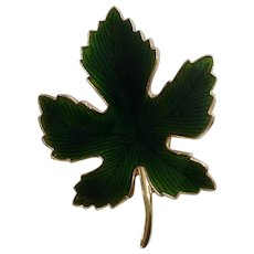 Green Maple Leaf Enamel on Gold tone Backing Brooch Pin Costume Jewelry 2""