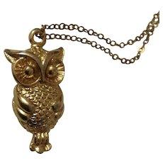 "Elegant Owl Bird Gold-tone Necklace 18"" Chain"