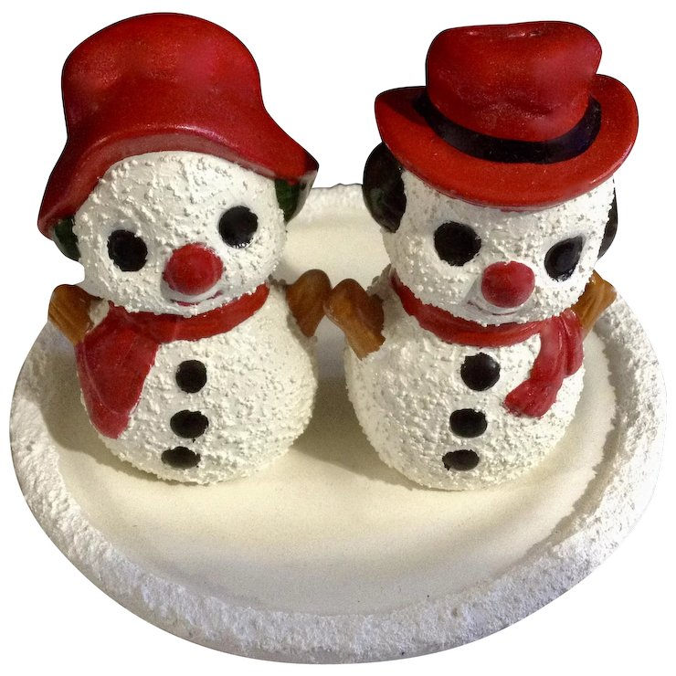 Vintage Adorable Christmas Snowmen Salt And Pepper Shakers Hand Painted S P Frosty Figurines