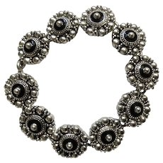 "Silver Tone and Black Shields Bracelet Costume Jewelry Avon 7-1/4"""