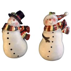 Pair Snowman Salt and Pepper Shakers Bundled Up For Christmas CIC S & P Ceramic Figurines