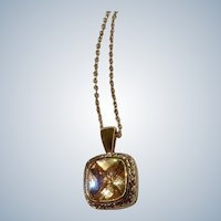 "Gorgeous Gold-tone and Golden Crystal Glass Rhinestone Center Pendant Necklace Costume Jewelry 17-3/4"" Long"