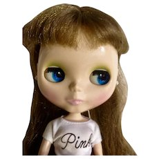 Blythe Doll 2002/2003 Takara Hasbro Golden Brown Hair Changing Eyes Shiny Complexion Blythe Logo
