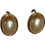 Vintage Faux Pearl and Gold-tone Clip-on Earrings Costume Jewelry 3/4""