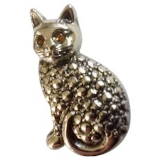 Silver-Tone Kitty Cat With Amber Rhinestone Eyes Lapel Pin Tie Tac