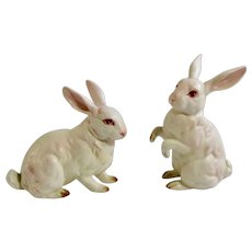White Bunny Rabbits Lefton Ceramic Figurines H880 Pink Eyes Made in Japan