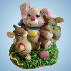 Fitz and Floyd Charming Tails, No Thanks I'm Stuffed, Mice Eating Jellybeans by Pink Easter Bunny Figurine #88/603