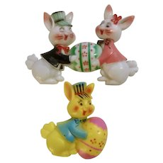 Vintage Easter Bunny Rabbit Holding Eggs Plastic Cake Toppers