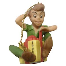 Peter Pan Opening A Present 1995 Disney Christmas Tree Ornament New In Box Porcelain Figurine Grolier Collectables Ltd
