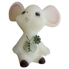 """Fenton Boutonniere Buddy Mouse Emerald Green 2-3/4"""" Satin Glass Figurine Signed T. Gaskins"""