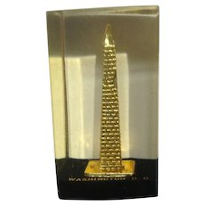 Vintage Washington DC Washington Monument Paperweight Lucite Acrylic By Capsco