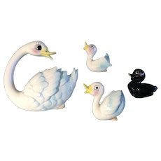 Swan and Her Three Babies Wall Plaques Hanging Mid-Century Enesco E-0660 Vintage Originals