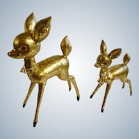 Mid-Century Large Plastic Gold-tone Glitter Doe & Fawn Deer Figurine Christmas Set Excellent Condition