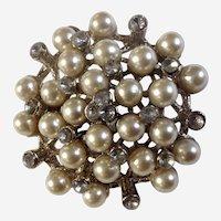 "Beautiful Vintage Faux Pearl and Faux Diamond Rhinestone Brooch Pin Costume Jewelry 1-3/4"""