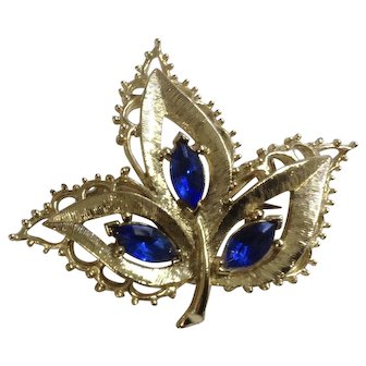 Navy Blue Crystal Stones In A Gold-Tone Leaf Setting Brooch Pin Costume Jewelry