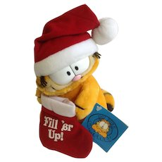 1981 Garfield Christmas Santa Hat, Stocking Fill Er Up! #84-5840 Jim Davis Plush Stuffed Animal Cat By Dankin with Original Tag