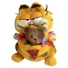 Garfield The Cat Hawaii Holding Pooky Bear Plush Stuffed Animal
