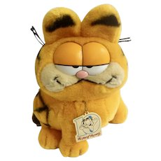 1981 Garfield The Cat 10 Years Old Birthday Year of the Party Jim Davis Plush Stuffed Animal By Dankin with Original Metal Tag