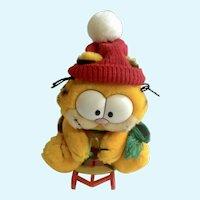 1981 Garfield The Cat Snow Sledding, Takes The Mountain #32-7020 Plush Stuffed Animal