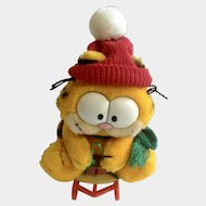 1981 Garfield The Cat Snow Sledding, Takes The Mountain #32-7020 Jim Davis Plush Stuffed Animal By Dankin with Original Tag and Sled