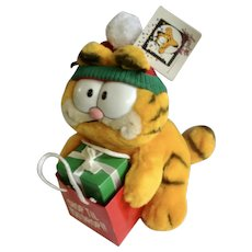 1981 Garfield The Cat Christmas Presents Shopping Bag Shop Tip You Drop! #15-4120 Jim Davis Plush Stuffed Animal By Dankin with Original Tag