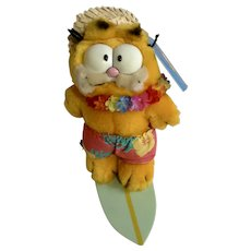 1981 Garfield The Cat Surfboard Surfing Wave Rider #03-7270 Jim Davis Plush Stuffed Animal By Dankin with Original Tag and Hawaii Hat