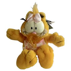 1981 Garfield The Cat Baby Greetings, Pink It's A Girl #03464 Jim Davis Plush Stuffed Animal By Dankin with Original Tag and Pacifier