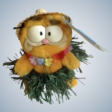 1981 Garfield The Cat Hawaii Hula Dancer With Straw Hat, Mini Expression Bags #03-9310 Jim Davis Plush Stuffed Animal By Dankin with Original Tag