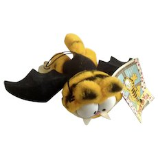 Garfield The Batty Vampire Bat Stuffed Plush Animal 1981 Dakin #16-0400