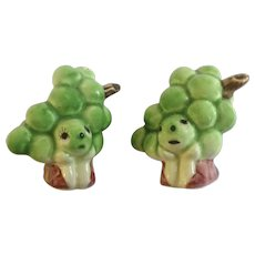 Anthropomorphic Grape Cluster Salt and Pepper Shakers Ceramic S&P Figurines