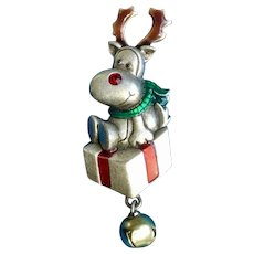 Adorable Reindeer Sitting on a Present Christmas Brooch Pin Pewter Costume Jewelry