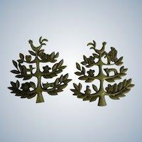 Green Folk Art Animal Trees Wall Plaques 1963 Plastic MCMLXIII Dart Industries Mid-Century Tupperware